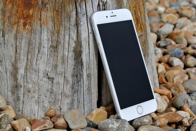 Liberar un móvil después de permanencia, ¿Gratuito o no?